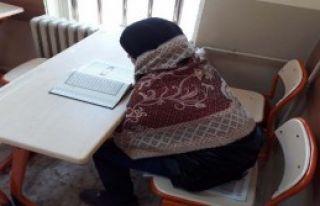 Okulda Soğukta Ders