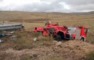 İtfaiye Aracı Kaza Yaptı; 1 Ölü 1 Yaralı