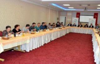 İzmir Basın İlan Kurumu'ndan Gazetecilere Eğitim