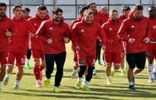 Sivasspor, Beşiktaş'a Bileniyor
