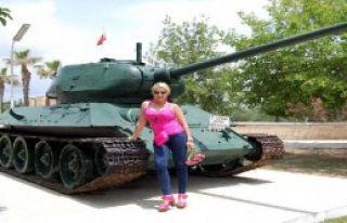 Tank Çekişmesi Büyüyor