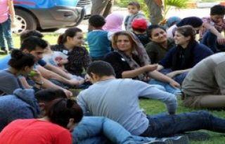 Okul Servisleriyle Göçmen Kaçakçılığı