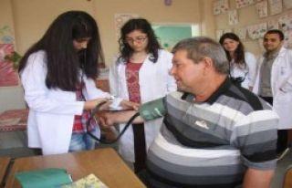 Okulu Hastaneye Çevirdiler