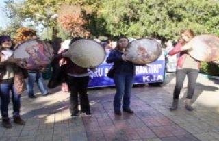 Şanlıurfa'da Kadınlardan Şiddeti Protesto Yürüyüşü