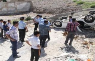 Şanlıurfa'da Otomobil Devrildi: 3 Yaralı