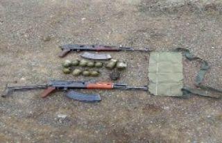 Silah Ve Bombalar Bulundu