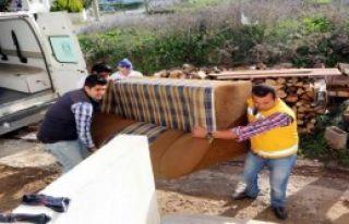 Suriyeli Aileye Belediyeden Yardım