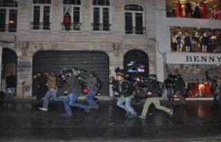 Taksim'de 11 Gözaltı