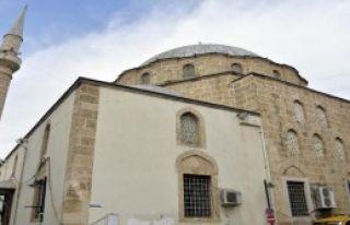 Paşa Camii'ne Restorasyon