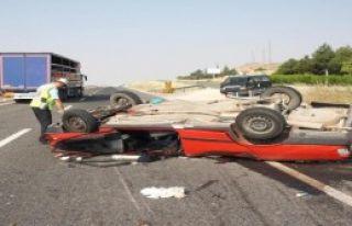 Ters Dönen Otomobilde 1 Ölü,7 Yaralı