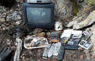 Tunceli'de PKK'nın Televizyonlu Sığınağı Ele...