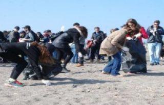 Turmepa Kıyı Temizliği Yaptı