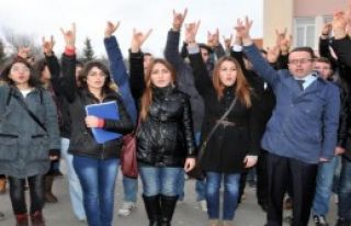 Ülkücü Öğrencilerden Konsey Seçimi Tepkisi