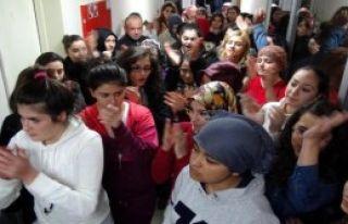 Öğrenciler Yurdu Boşaltmadı