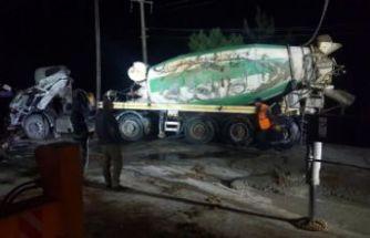 Devrilen beton mikserinin sürücüsü öldü