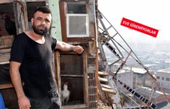 İzmir'de evlerin üzerine kaya yağıyor