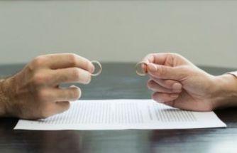 İzmir'de hukuki düzenlemeler konuşuldu