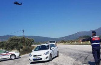 İzmir'de, helikopterli trafik denetimi