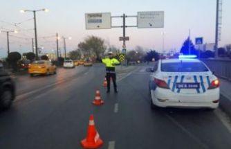 Miting nedeniyle bazı yollar trafiğe kapatıldı