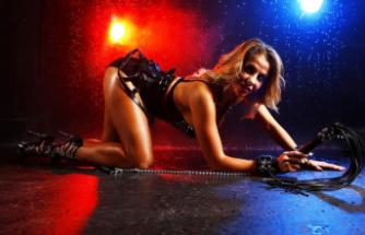 Rus porno yıldızı 'yoğun çalışmaktan' hastanelik oldu