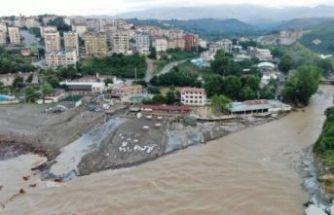 Sel felaketi: 4'ü çocuk 7 kayıp!