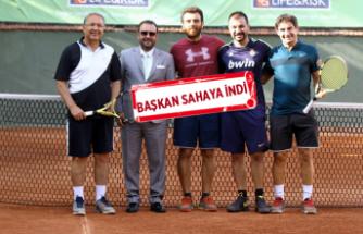 Tenis Federasyonu Başkanı Durmuş'tan Küçük Kulüp'e tam not
