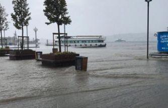 İstanbul'da sel can aldı