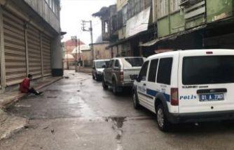 Adana'da bıçaklı kavga: 3 yaralı
