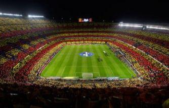 Barcelona borç batağında!