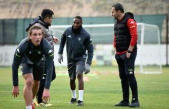 Denizlispor'da 3 futbolcu kadro dışı kaldı