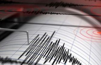 İzmir'de 4 büyüklüğünde deprem
