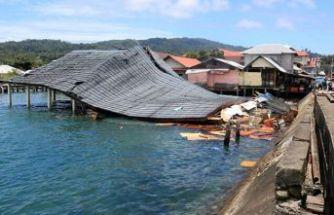 Endonezya'da doğal afetler 145 can aldı