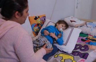 Minik oğluna kalp için Balıkesir'den İzmir'e geldiler