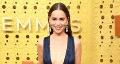 Emmy Ödülleri'nde kırmızı halı şıklığı