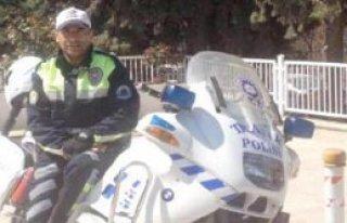 11 Yıllık Trafik Polisi Kazada Öldü