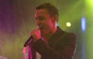 Mustafa Sandal'dan Espriler