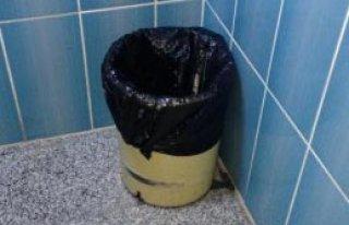 Tuvalette Doğurduğu Bebeğini Çöpe Attı