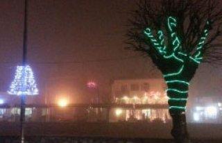 Kosova'da Yılbaşı Süsleme Tartışması