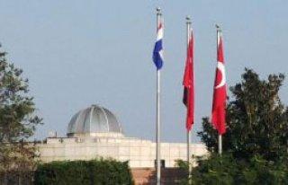 Hırvat Cumhurbaşkanına Bayrak Jesti