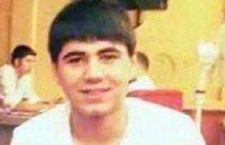 Liseli Genç Bıçaklanarak Öldürüldü