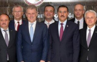 Özgener'in Ankara temasları sonuç verdi