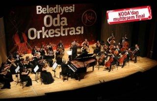 Karşıyaka'da 'Zülfü Livaneli' gecesi