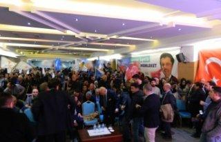 AK Parti İzmir, Zeybekçi'yi bekliyor