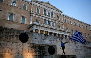 Yunanistan o ülkenin adını değiştirdi