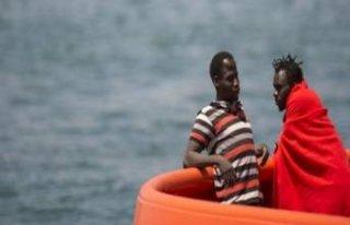 Akdeniz'de tekne faciası! 70 ölü