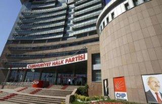 CHP'nin gündemi yeni anayasa