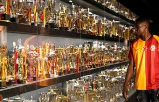 Galatasaray 3 transferi birden bitirdi