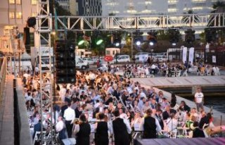İzmir Limanı'nda 'bayram havası'
