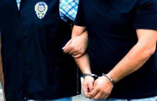 İzmir merkezli 9 ilde operasyon: 55 gözaltı