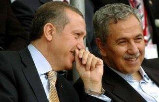 Arınç: AK Parti'yi büyütürken nice badireler...